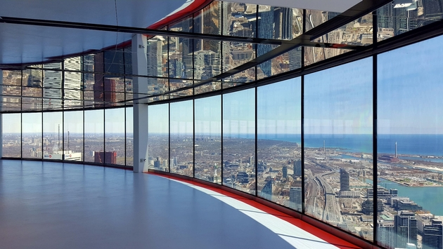 A view of Toronto through CN Tower's new 'Window Walls